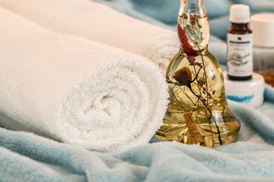 Must-Have Accessories For Massage Professionals